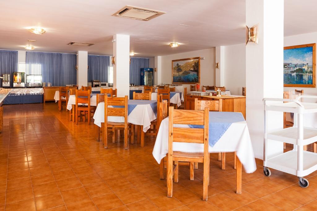 Appartamenti puerto cala vadella for Appartamenti barcellona centro low cost