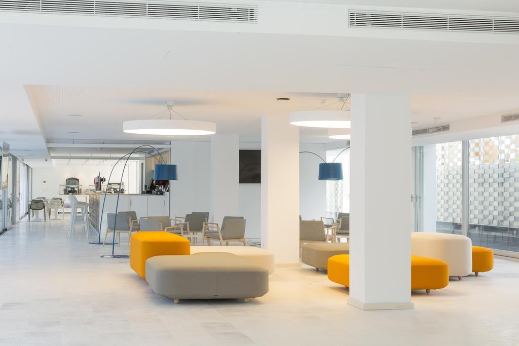 Appartamenti ebano select for Appartamenti barcellona centro low cost