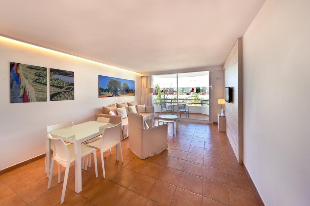 Appartamenti llobet for Appartamenti barcellona centro low cost